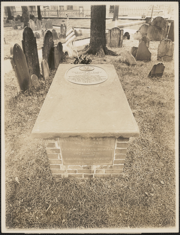 """""""Here lies buried governors Thomas Dudley 1653, Joseph Dudley 1720. Chief Justice Paul Dudley 1752, Colonel William Dudley 1743"""" photo: Abdalian, Leon H., 1884-1967"""